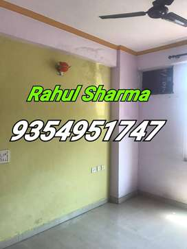 Vasundhara : Newly built up flat available for rent