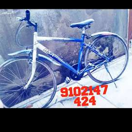 Bsa cycle in good condition.paiso ka jaroori kaam hai .fast massage me