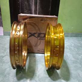 Velg sprint xd ring 17 ukuran 300 350 warna gold hole 36 semua