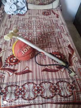 Boscate ball with air pump