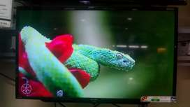 New led 42inch smart led TV Wholesaler Price me with 3year warranty
