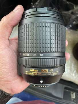 Nikon 18-140 lens excellent condition rarely used