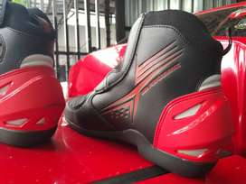 Forsale sepatu touring TDR size 42