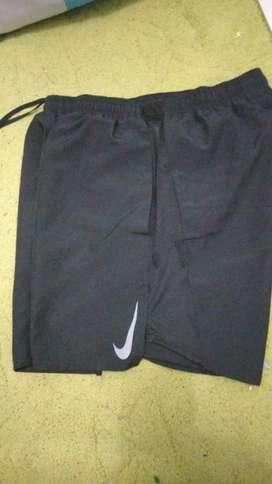 Jual celana lari NIKE ORIGINAL size L