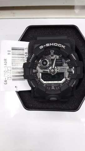 G shock GA-710-1ADR