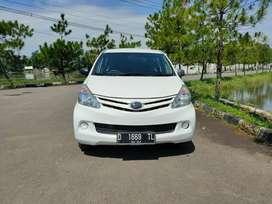 Dp 12 jt.! Kredit murah Daihatsu New Xenia D manual 2013 new look.!