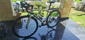 Giant Tcr Adv 2 size M plus Wheelset Carbon