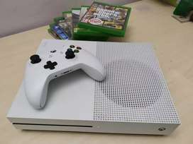Xbox One S+Controller+8dvd games