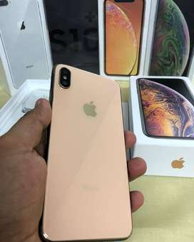 Apple I Phone X are available in Offer price