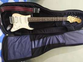 FENDER SQUIER BULLET STRATOCASTER ELECTRIC GUITAR 02 YEARS OLD.