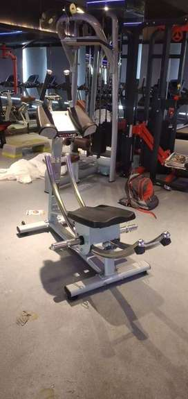 COMMERCIAL GYM SET UP
