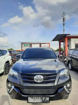 Fortuner 2017 G diesel manual. Double disc