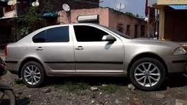 Very good looking car audi ke macvile he gadi me auto transmission he