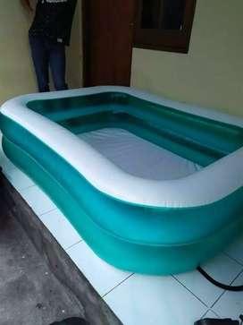 Mainan kolam jumbo buat liburan