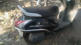 I m selling activa scooty bicause i want to buy a new bike.