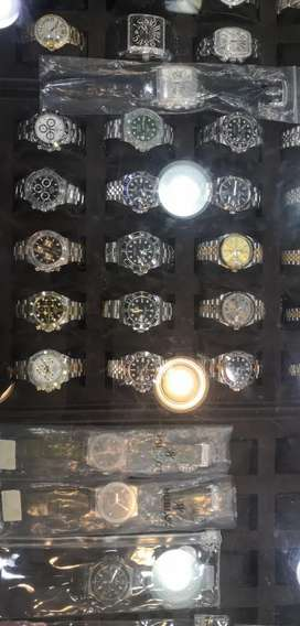 We deal in rolex used watches