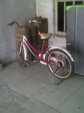 Numpang jual sepeda