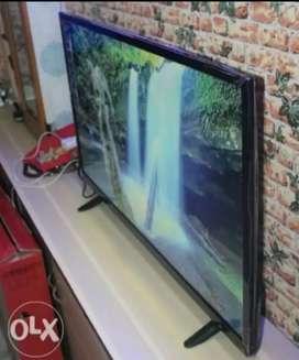 32 Inch Smart Led Tv + Smart Watch