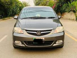 Honda city IDSI 2006 ab hasil kery asan iqsat me sirf6%mark up m 10/10