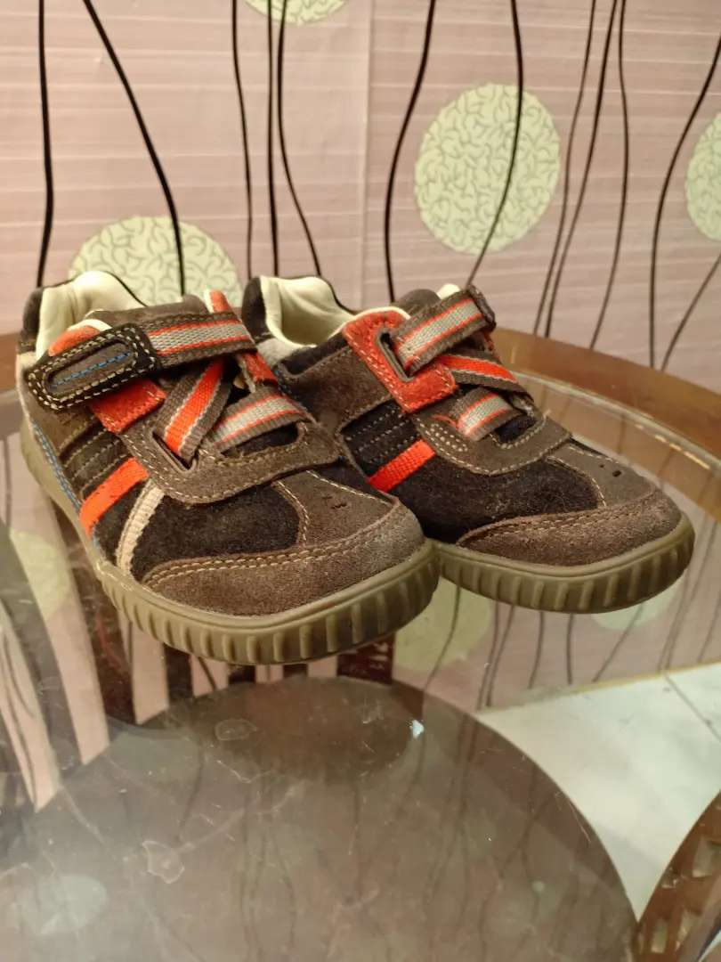 Preloved sepatu kulit anak size 25 insole 14