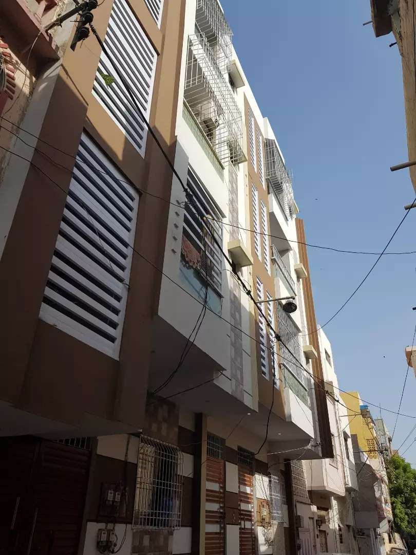 3rd floor portion for sale with roof 0