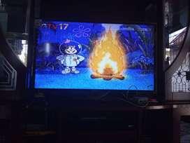 TV LED 40 inci Merk Polytron  Multimedia CinemaX Pro NET
