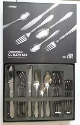 Miniso Fashionable Cutlery Set