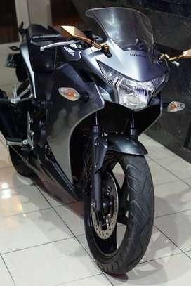 Jual cepat motor CBR 250 cc NEGO