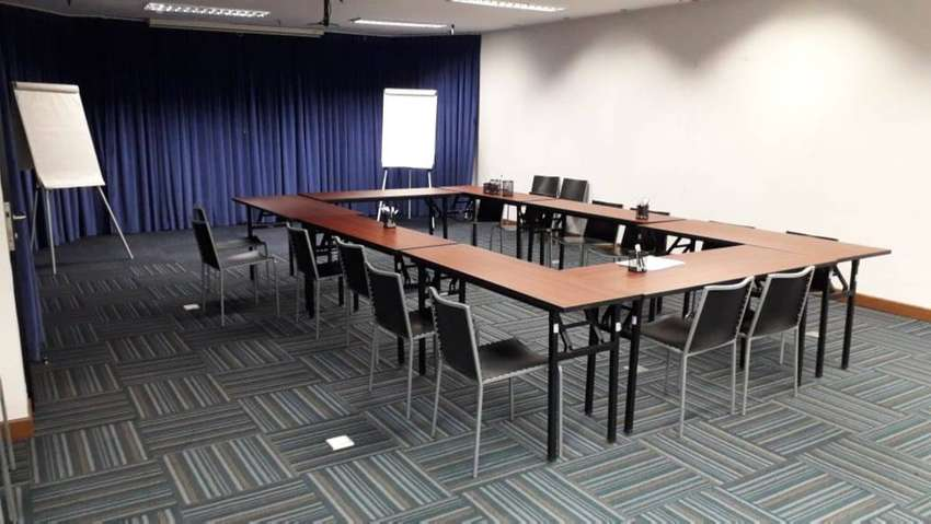 Office space at Sahid Sudirman Residence, middle floor size 150sqm