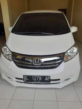 Dijual Honda freed E PSD 2013 AC double blower