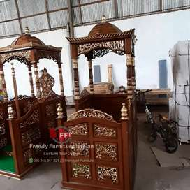 Mimbar podium mihrab masjid