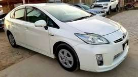 get car Toyota/prius,Model 2015,on easy monthly installment