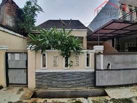 Rumah Dalam Komplek Di Kalisari Dekat Sekolah Noah Pasar Rebo Jaktim