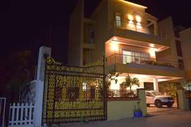 Swimming pool and AC bungalow with MTDC licence family oriented.