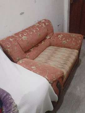 Beautiful sofa set best condition no dirty clean clothe