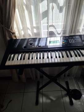 Keyboard Yamaha PSRE223