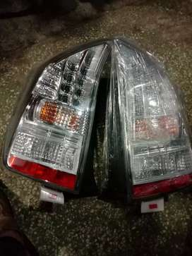 Prius 1.8 back lights  jori in antique and good position