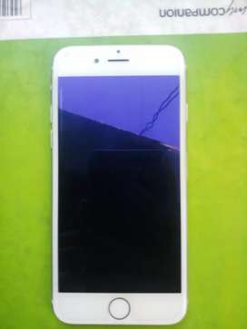 iPhone 6 Good Condition with charger