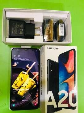 Samsung A20  3/32gb 4 months bill unused kit and unused mobile
