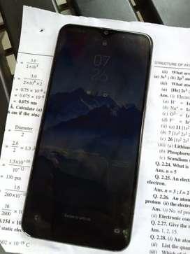 SAMSUNG GALAXY A50 (6+64 GB)