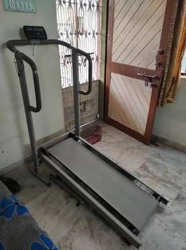 Walker machine (mannual) in good condition