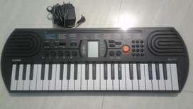 Piano Casio SA 77 (Brand new)free adapter