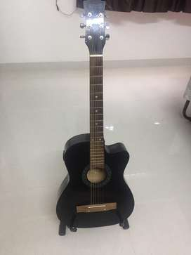 Well maintained Acoustic Guitar for sale