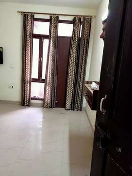 3bhk  for rent in sec 70 faridabad