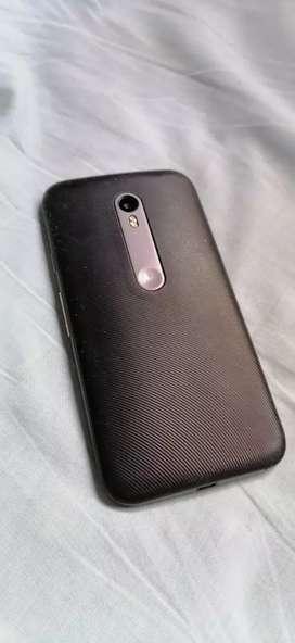 Motorola G3 tourbo phone