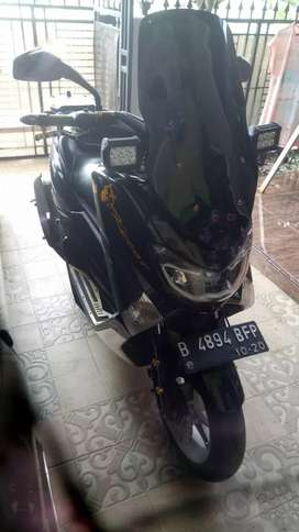 Yamaha Nmax 2015 hitam glossy