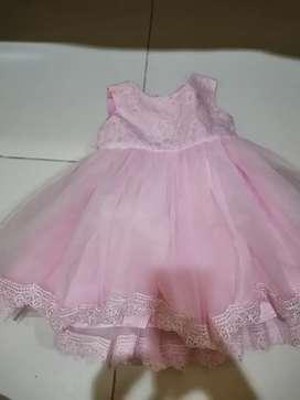 gaun pesta bayi perempuan usia 12 bulan