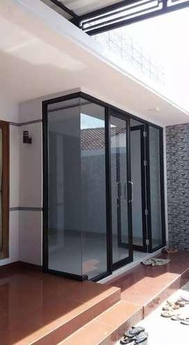 Kusen almunium dan pintu panel