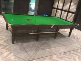 snooker table, pool table
