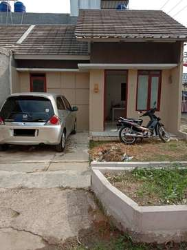 Dikontrakan Rumah di Green Emerald Residence Cibitung (Hook) strategis